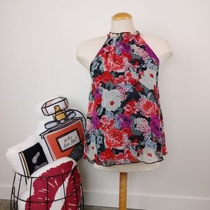 DYNAMITE   Floral Small Sleeveless Blouse